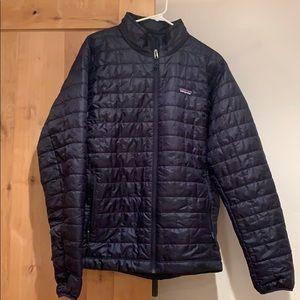 Patagonia Men's jacket sz Large NWOT dark blue